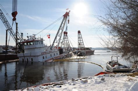 Tow Boat Sinks On Ohio River by Once Sunken Towboat Ready To Move To Repair Docks Local