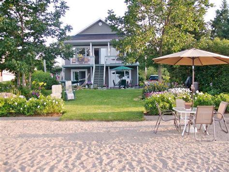 maison et plage priv 233 e sur le lac chalet 224 louer