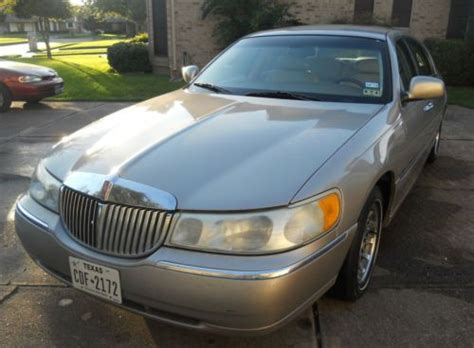 Find Used 2002 Lincoln Town Car Signature 2014 Stickers