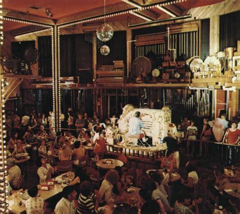 pstos organ grinder restaurant portland oregon