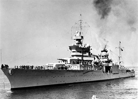 Uss Indianapolis Sinking by 20 Horrifying Shark Attacks That Will Make You Question