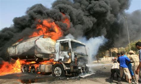 Many Feared Killed As Fuel Tanker Explodes On Lagosibadan