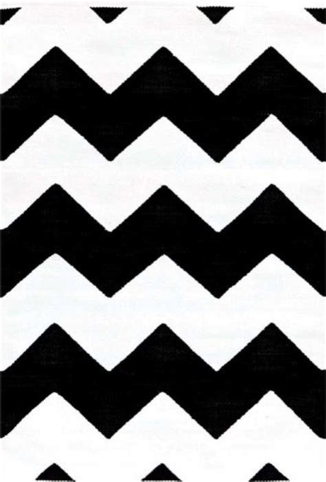 chevron indoor outdoor rug black and white modern