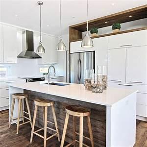 Une cuisine a saveur scandinave cuisine inspirations for Deco cuisine avec chaise coloràé