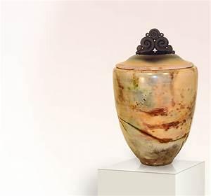 Klimageräte Für Zu Hause : kunstvolle urne f r zu hause stilvolle ~ Yasmunasinghe.com Haus und Dekorationen