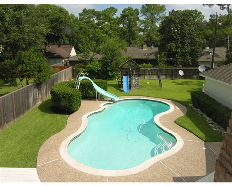 Great View Of Large Backyard & Pool But