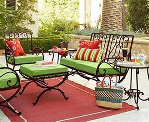 Salon De Jardin En Fer : salon de jardin pour enjoliver nos espaces outdoor design feria ~ Teatrodelosmanantiales.com Idées de Décoration