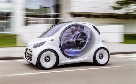 smart vision eq fortwo    driving electric