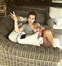 Jessie James Decker Posts Photo Holding Wine While ...