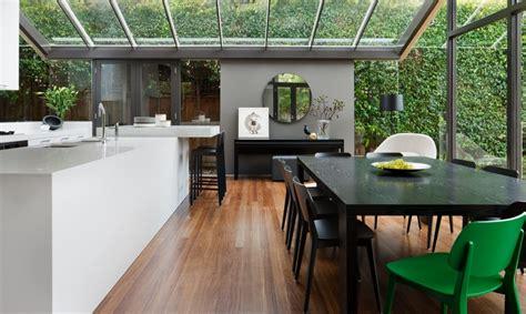 cuisine sous veranda une maison contemporaine avec véranda