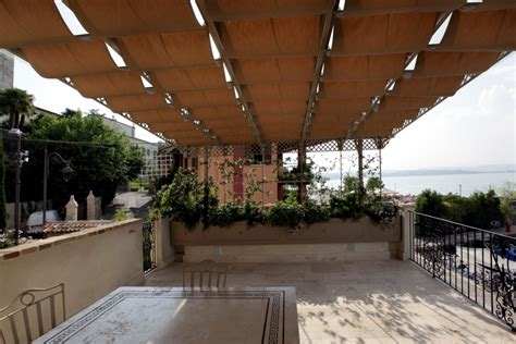 arredo per terrazze portico per terrazza complementi d arredo