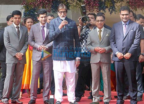 amitabh bachchan snapped  kalyan jewellers event
