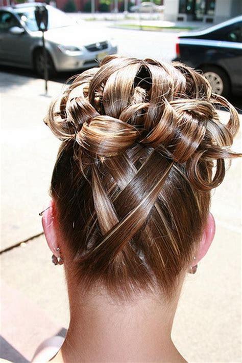 coiffure pour un mariage chignon chignon original pour mariage