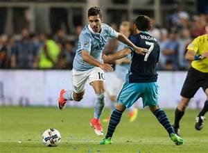 MLS roundup: Fernandes' hat trick lifts Sporting KC over ...