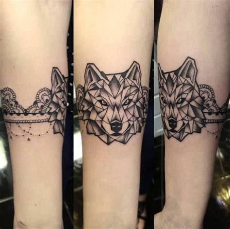animal tattoo designs geometric wolf tattoo  paula moraes tattooviralcom  number