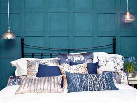 bleu canard chambre peinture chambre bleu canard pour faire la tete de lit