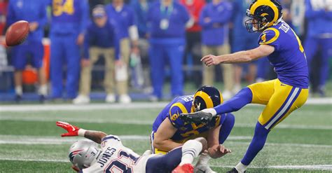 fans crazy  super bowl bet  rams futility wins