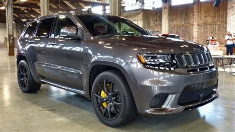 trackhawk jeep srt 2018 jeep grand cherokee srt trackhawk first drive review