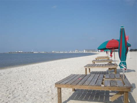 gulfport beach (Long Beach, USA) - Travellerspoint Travel ...