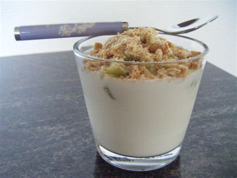yaourt croquant au kiwi avec gourmandise