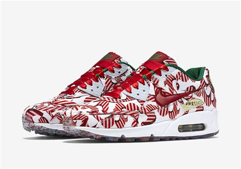 nike  christmas pack sneaker bar detroit
