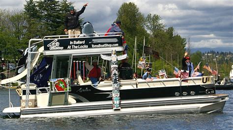 Pontoon Boats June Lake by Pontoon Boats On Lake Washington Dykstras New Boat