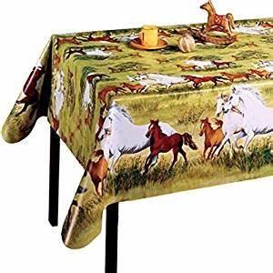 Toile Cirée Ronde 140 : nappe en toile cir e ronde 140 cm motif chevaux nappe animaux cuisine maison ~ Teatrodelosmanantiales.com Idées de Décoration