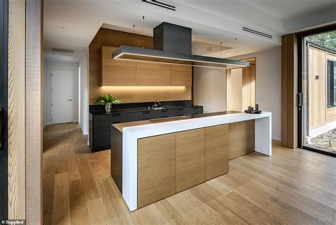 new zealand interior designer wins award for best kitchen in the world daily mail online