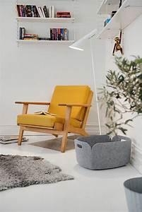 1001 idees de decors avec couleur moutarde des conseils With tapis chambre bébé avec canape geant du meuble