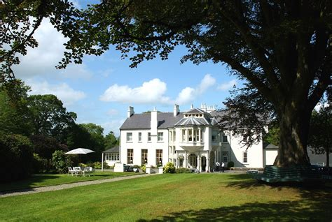 Beech Hill Country House Hotel (londonderry)  2018 Hotel. Mint Brisbane Hotel. Hotel Kodmon. Hotel Quinta Real Monterrey. Hotel Die Sonne Frankenberg. Cleveland B And B. Best Western Townsman Motor Lodge. Angelo Hotel Pilsen. The Pacific Apartments