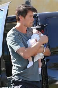 Josh Duhamel takes baby Axl on a coffee run while Fergie ...