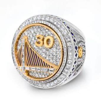 How much is a Warriors championship ring worth? Here's one ...