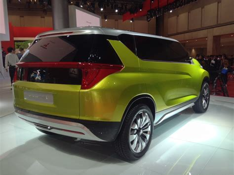 Concept Gc And Xr Mitsubishi Shows Face And Future Of