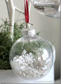 25 awesome ideas for filling and decorating clear glass ornament bulbs how to decorate clear