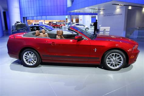 ford mustang  premium convertible amazing photo