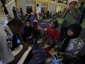Myanmar's Rohingya Refugees Are The World's Largest Group ...