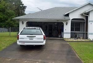 Garage Chevrolet : station wagon drives through garage and into a house in the woodlands flaglerlive ~ Gottalentnigeria.com Avis de Voitures