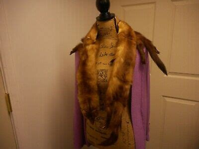 foto de BROWN STONE MARTEN FUR STOLE WITH 3 MARTENS (MINK FAMILY