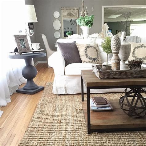 Country Living Room Ideas With Fireplace by Best 25 White Living Rooms Ideas On Pinterest Living