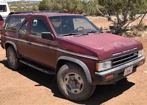 1989 Nissan Pathfinder 4x4  6 Cyl  Manual 5 Spd  2 Door