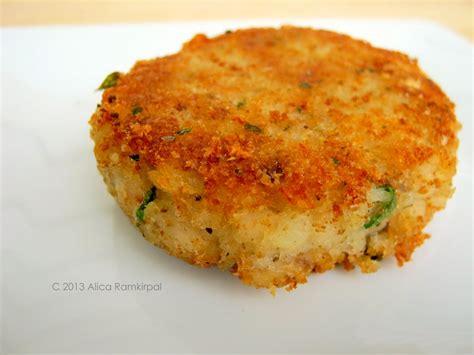 codfish cakes cod fish cakes recipe dishmaps