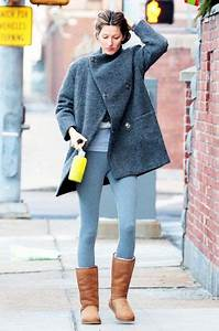 Picture Of With gray leggings gray loose coat and shirt