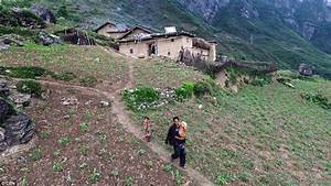Chinese urbanization: Moving remote villagers to towns ...