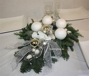 Edel Und Weiss Nürnberg : adventskranz weiss silber edel gold silber und glitzer weihnachten shop ~ Frokenaadalensverden.com Haus und Dekorationen