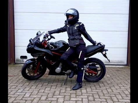 eine neue motovloggerin ist geboren frauen aufm