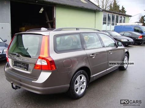 automobile air conditioning service 2008 volvo v70 on board diagnostic system 2008 volvo v70 2 4d aut momentum leather air conditioning trailer hitch car photo and specs