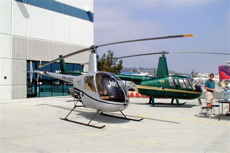 Robinson R22 Beta II specifications and photos