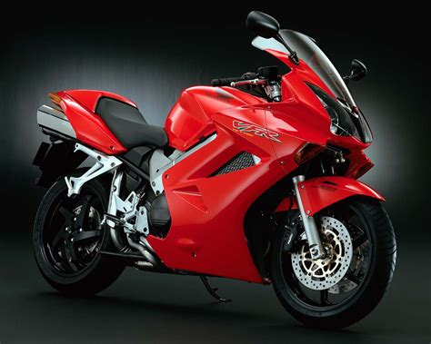 6 Best Budget Sports Bikes In India || Pastimers