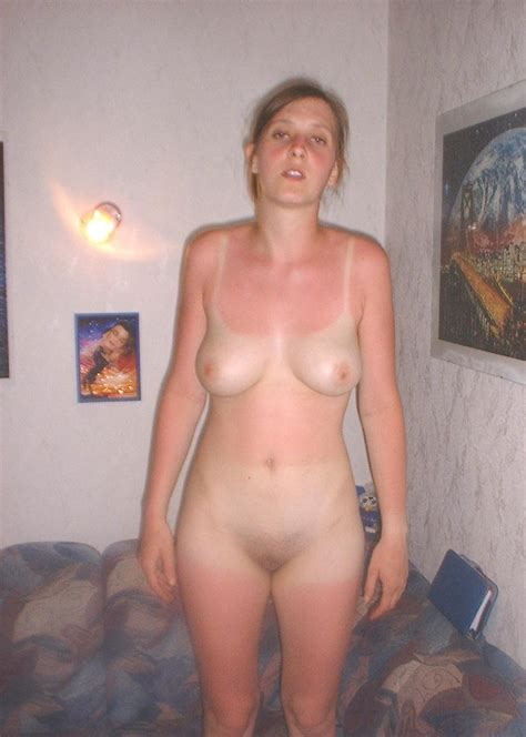 Mature Nude With Tan Lines Porn Pictures