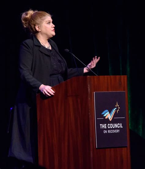 kristen johnston helps  council  recovery raise